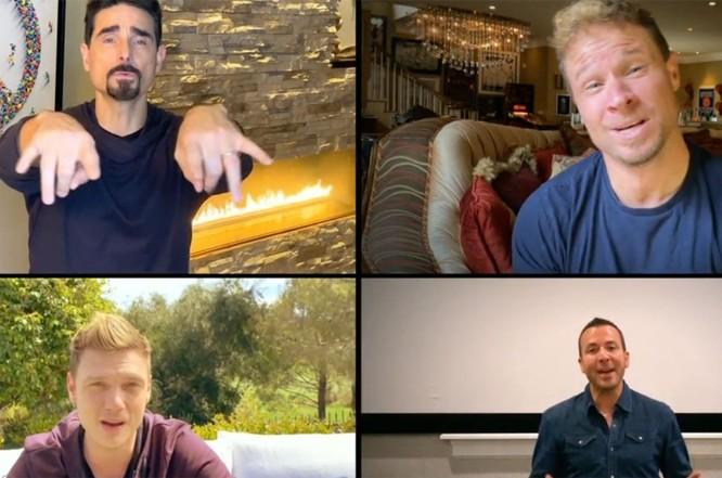 Backstreet Boys trình diễn bản hit một thời tại nhà riêng ảnh 1