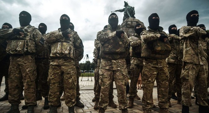 Giao tranh vẫn tiếp diễn ở miền đông Ukraine