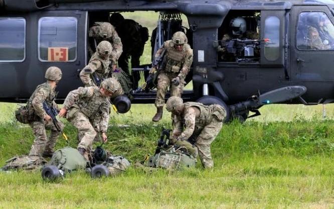 Sợ Nga tấn công, NATO ra sức tập trận luyện binh ảnh 3