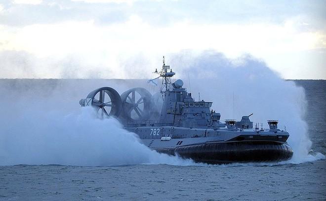 Sợ Nga tấn công, NATO ra sức tập trận luyện binh ảnh 1
