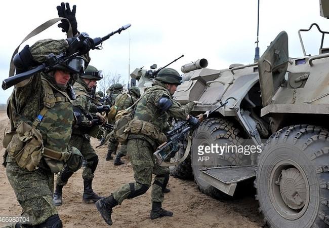 """Nga ra uy giành thế siêu cường, Mỹ-NATO ra sức """"dìm hàng"""" ảnh 1"""