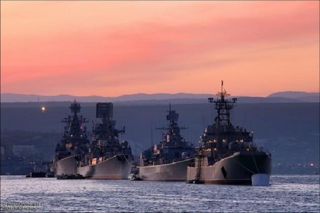 Nga dựng pháo đài thép tại Crimea, NATO và Ukraine phấp phỏng ảnh 1