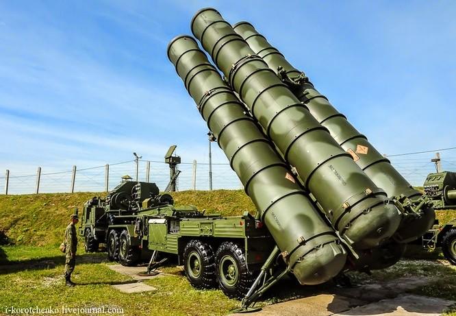 Chuyên gia phương Tây cho rằng đã vô hiệu hoá được S-400. Tuy nhiên, hàng chục tên lửa Tomahawk Mỹ tấn công Syri bỗng dưng mất tích khiến không ai biết chuyện gì đã thực sự diễn ra