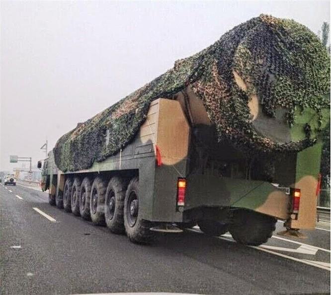 Tên lửa đạn đạo DF-41 của Trung Quốc