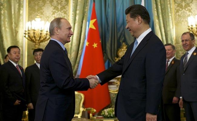 """Kỳ thủ Putin """"phá trận"""" Mỹ, phương Tây ảnh 1"""