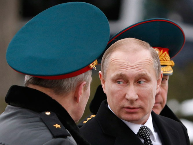 Ông Putin cùng với các tướng lĩnh quân đội Nga đã đảo ngược cục diên chiến trường Syria
