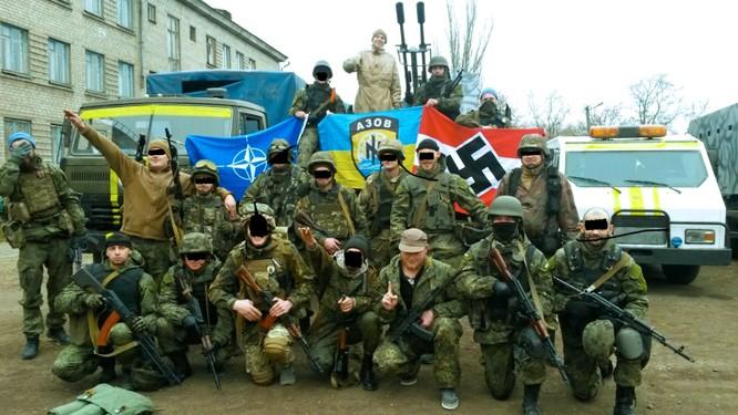 Lính tình nguyện cực hữu Ukraine tham gia chiến dịch thanh trừng ở miền đông