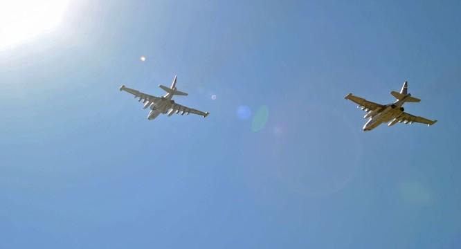 Phi đội cường kích Su-24 Nga làm nhiệm vụ tại chiến trường Syria