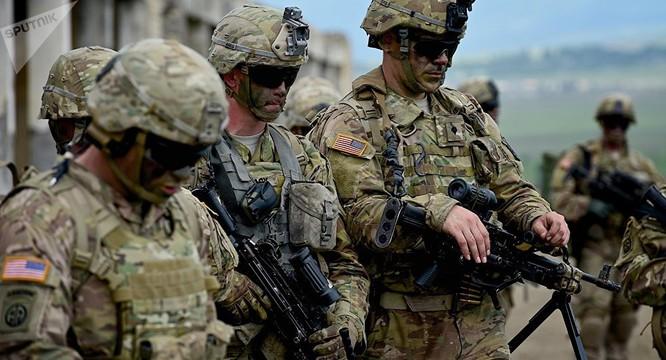 Quân đội NATO ngày càn tiến sát biên giới nước Nga