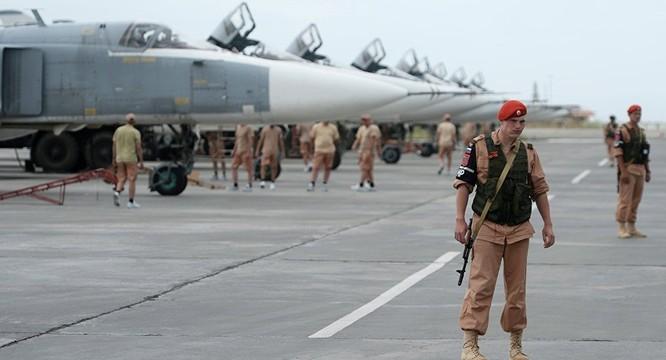 Cụm không lực Nga tại sân bay Hmeimim, Syria đã giúp đảo ngược cục diện chiến trường Syria