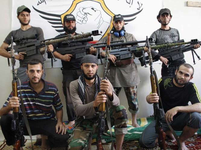 Mỹ hỗ trợ nhiều nhóm phiến quân tại Syria nhằm lật đổ Assad