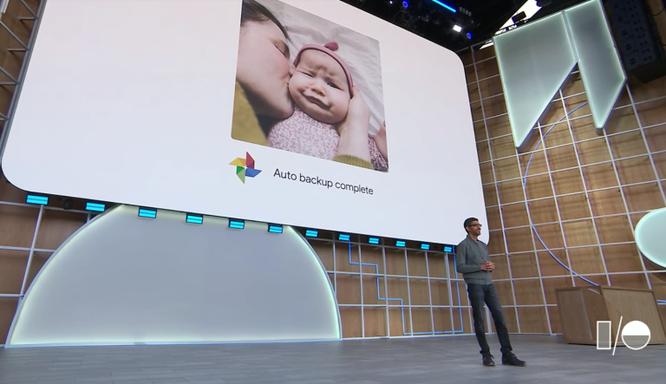 """CEO Google: """"Bảo vệ quyền riêng tư phải thực hiện từ ngay bây giờ."""""""