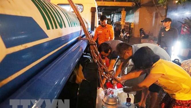 Hậu khủng hoảng nước sạch tại Hà Nội: Cha chung không ai khóc? ảnh 3