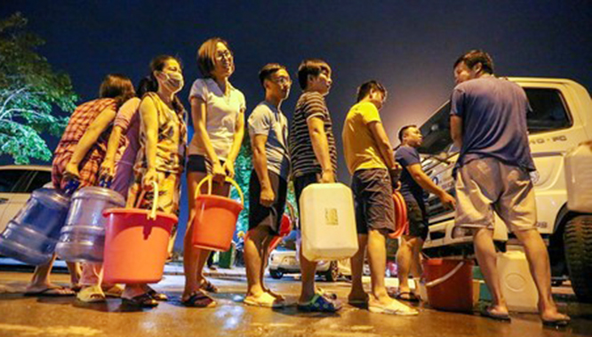 Hậu khủng hoảng nước sạch tại Hà Nội: Cha chung không ai khóc? ảnh 4