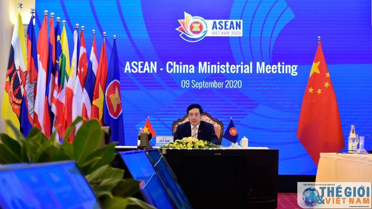Việt Nam hiện nay có đang là viên đá đỉnh vòm trong quan hệ giữa các siêu cường? ảnh 3