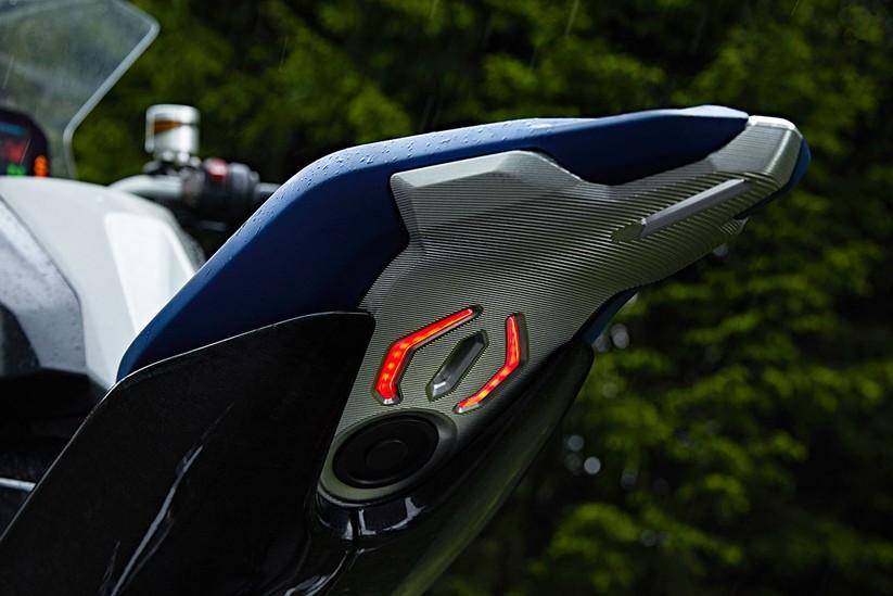 Mô hình Adventure Sport của BMW Motorrad trong tương lai sẽ như thế này ảnh 11