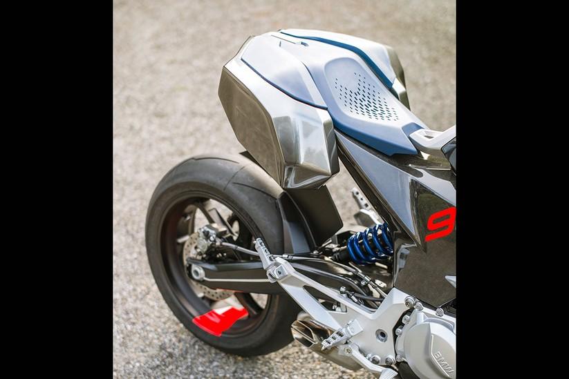 Mô hình Adventure Sport của BMW Motorrad trong tương lai sẽ như thế này ảnh 13
