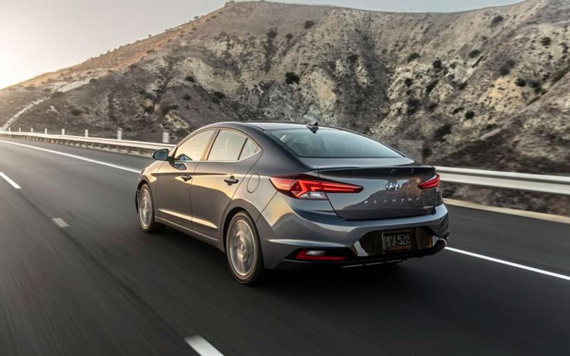 Hyundai Elantra 2019 khác với phiên bản cũ như thế nào? ảnh 11