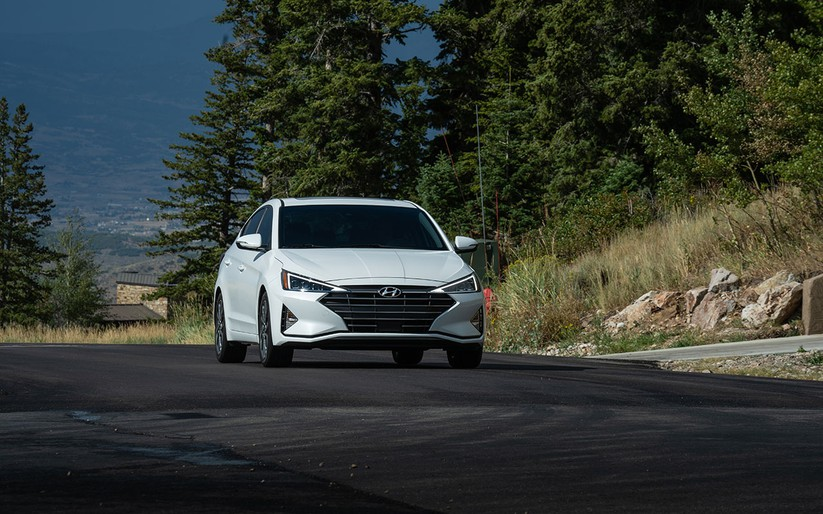 Hyundai Elantra 2019 khác với phiên bản cũ như thế nào? ảnh 30