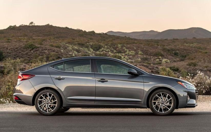 Hyundai Elantra 2019 khác với phiên bản cũ như thế nào? ảnh 7