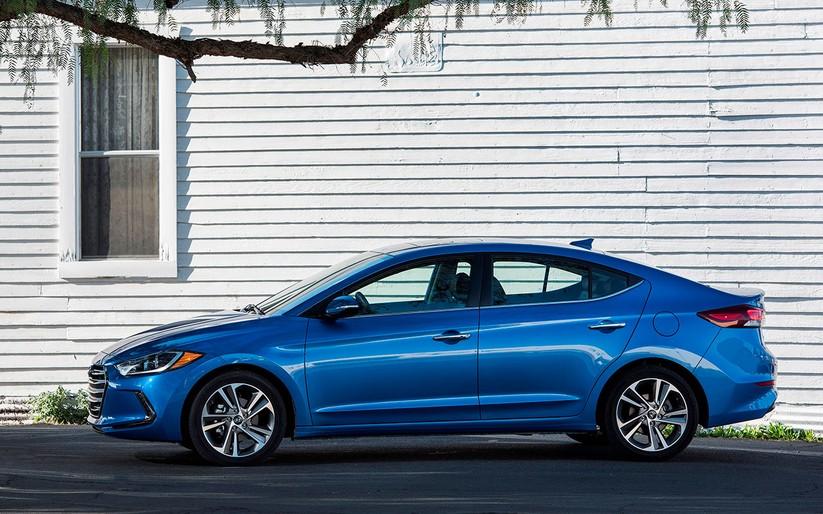 Hyundai Elantra 2019 khác với phiên bản cũ như thế nào? ảnh 8