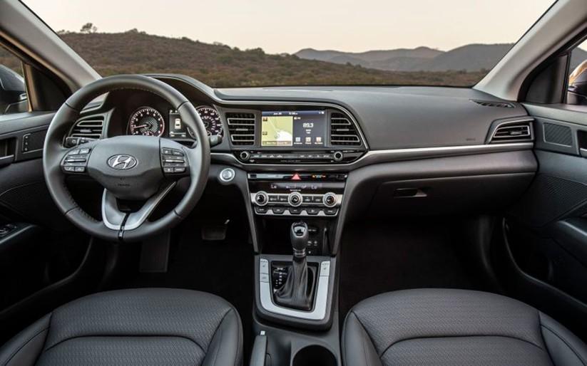 Hyundai Elantra 2019 khác với phiên bản cũ như thế nào? ảnh 15