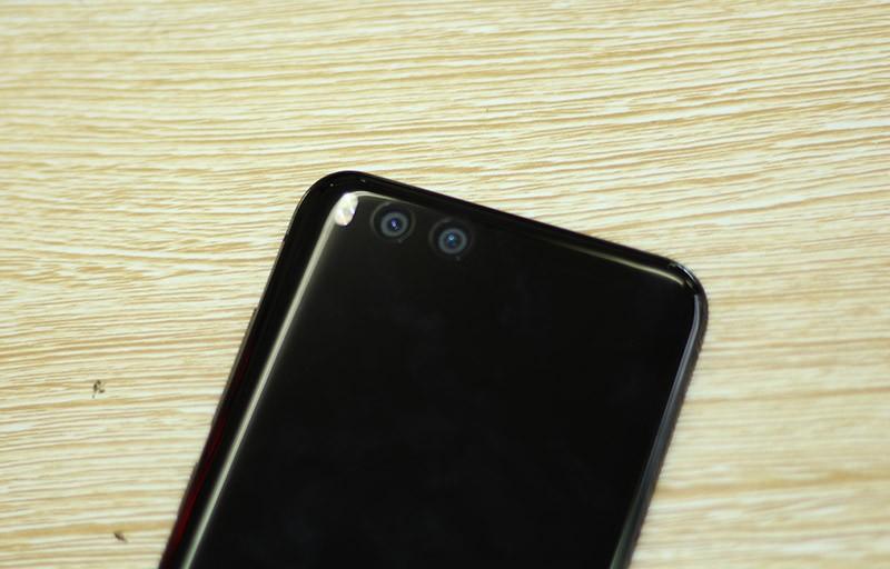 HOT: Mở hộp Xiaomi Mi 6 đầu tiên về Việt Nam ảnh 12