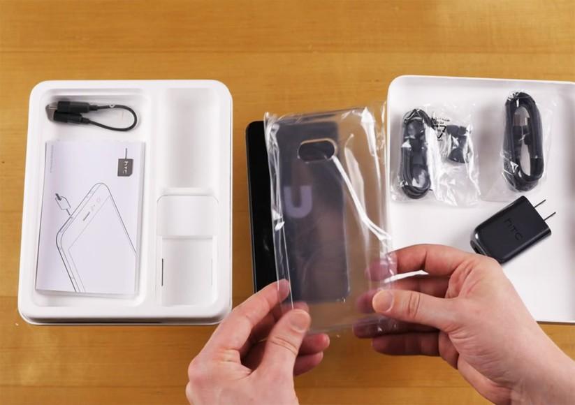 Mở hộp siêu phẩm HTC U 11 ảnh 8