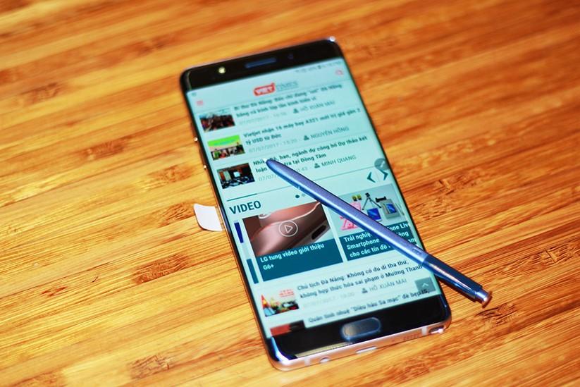 Cận cảnh Galaxy Note 7 tân trang đầu tiên về Việt Nam, giá 15 triệu đồng ảnh 11