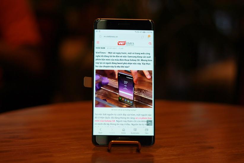 Cận cảnh Galaxy Note 7 tân trang đầu tiên về Việt Nam, giá 15 triệu đồng ảnh 16