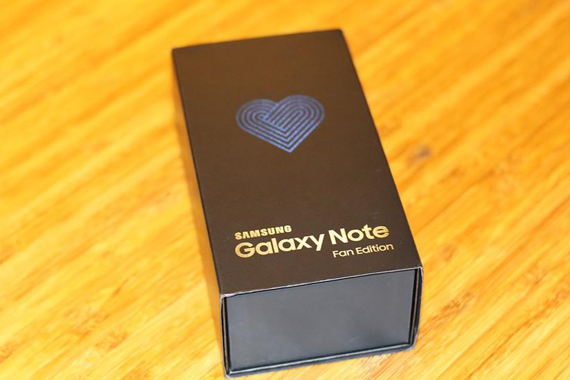 Cận cảnh Galaxy Note 7 tân trang đầu tiên về Việt Nam, giá 15 triệu đồng ảnh 1