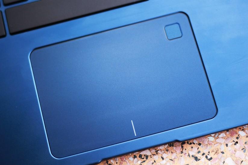Trải nghiệm nhanh laptop mỏng nhẹ UX430 của Asus ảnh 6