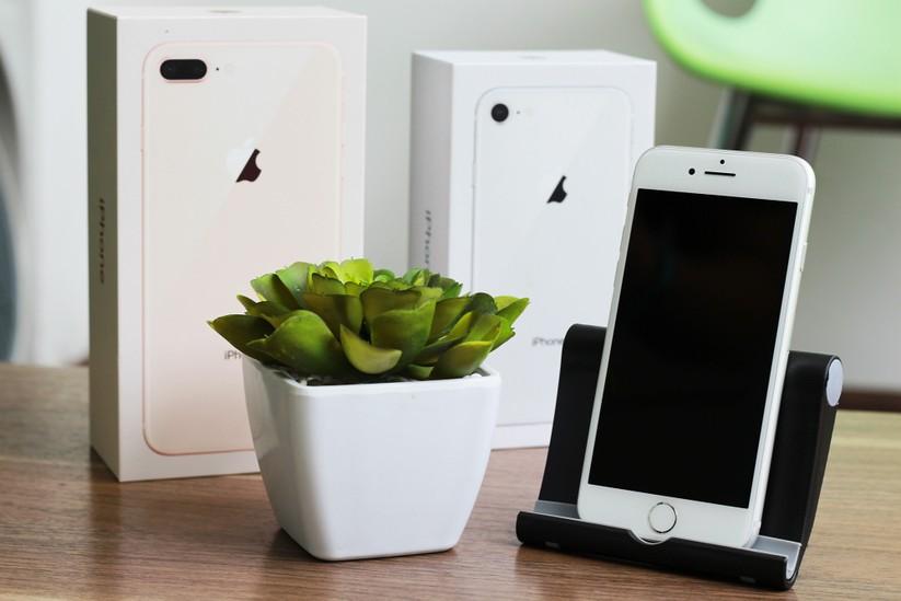 """iPhone 8 và iPhone 8 Plus """"cập bến"""" Việt Nam: nóng hổi vừa thổi vừa xem! ảnh 20"""