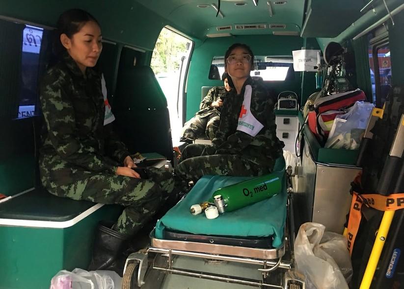 """Những hình ảnh ấn tượng về cuộc """"giải cứu hang động"""" ở Thái Lan ảnh 11"""