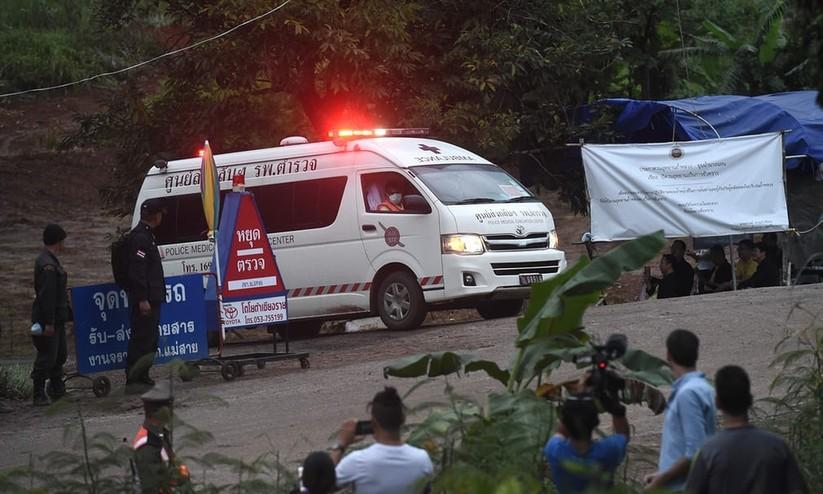 """Những hình ảnh ấn tượng về cuộc """"giải cứu hang động"""" ở Thái Lan ảnh 20"""