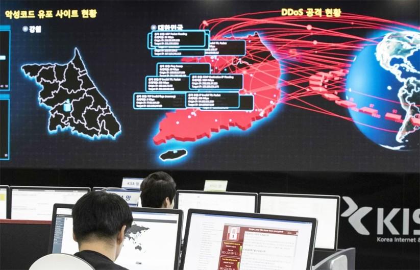 Triều Tiên đang sở hữu thứ vũ khí gì mà các chuyên gia phương Tây cho rằng còn nguy hiểm hơn bom hạt nhân? ảnh 1