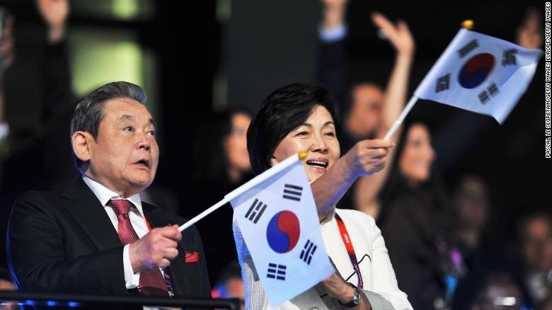 Chủ tịch tập đoàn Samsung vừa qua đời: Nhìn lại sự nghiệp của người tạo dựng đế chế Samsung ảnh 1