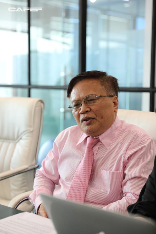 TS. Nguyễn Đình Cung nói gì về hệ quả của việc ưu tiên nguồn lực cho các chaebol Việt Nam? - Ảnh 3.
