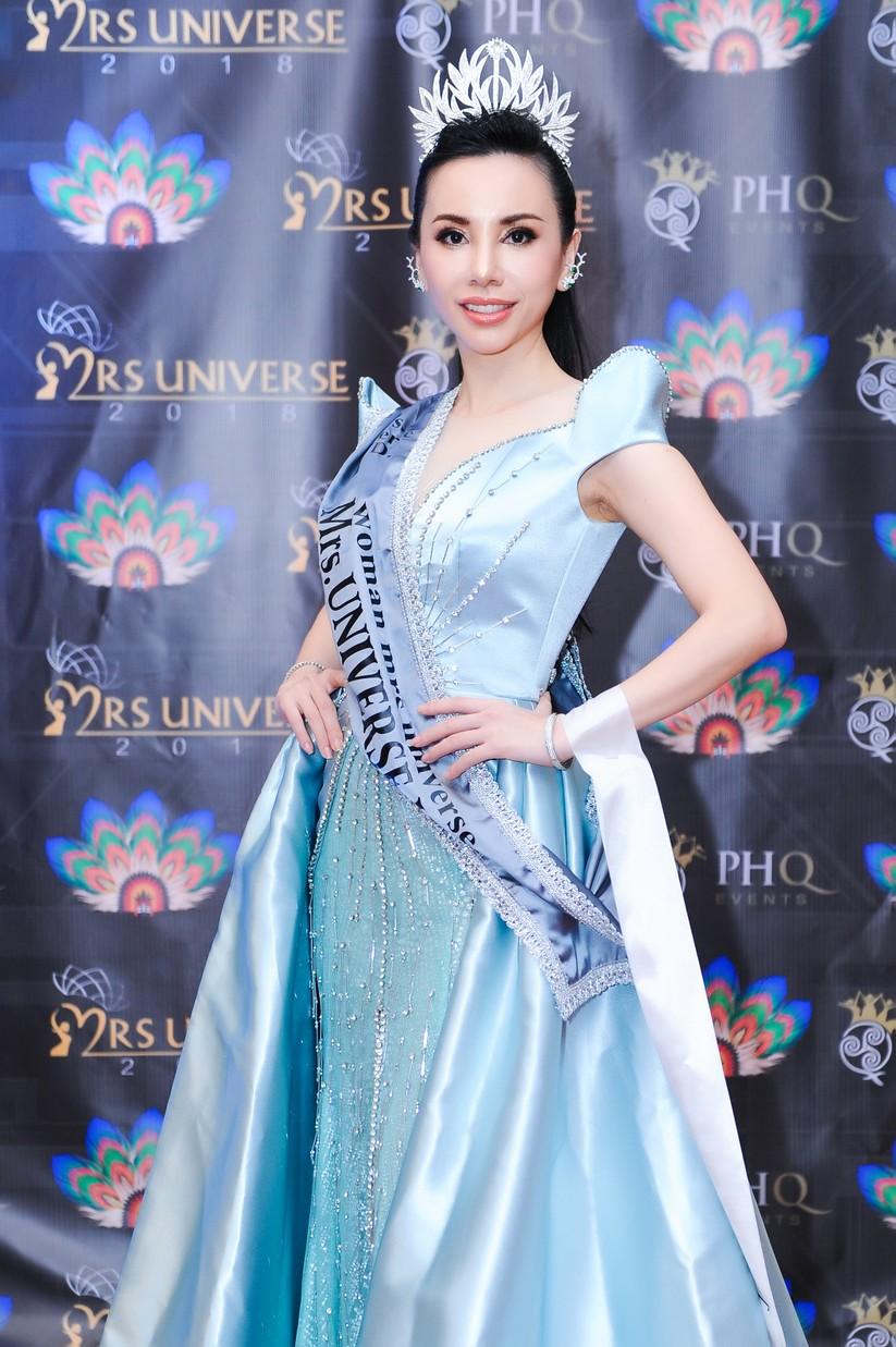 Châu Ngọc Bích đăng quang Hoa hậu Đại sứ quý bà thế giới ảnh 2