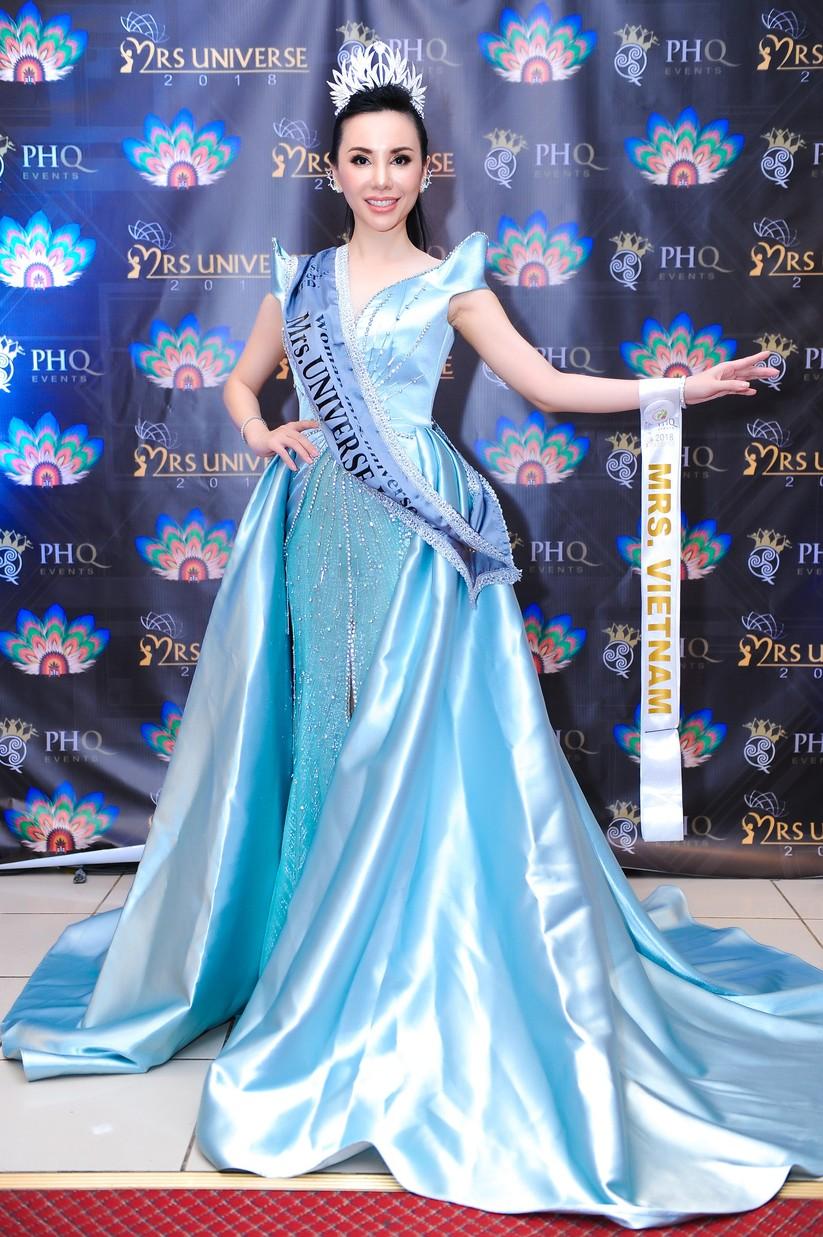 Châu Ngọc Bích đăng quang Hoa hậu Đại sứ quý bà thế giới ảnh 3