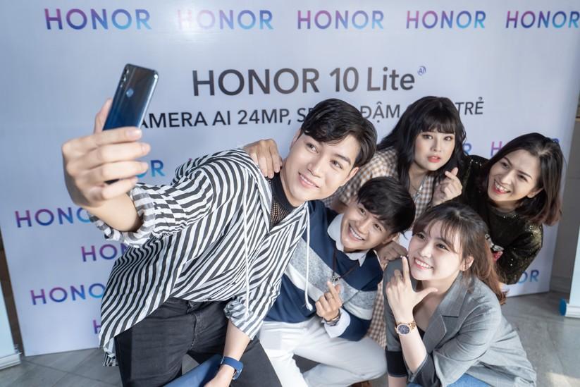 Điện thoại thông minh Honor 10 Lite hứa hẹn đột phá 2019 ảnh 5