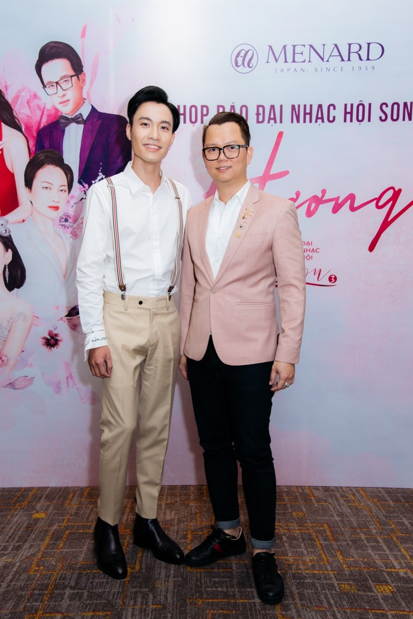 Đạo diễn Long Kan và ca sĩ trẻ Anh Duy