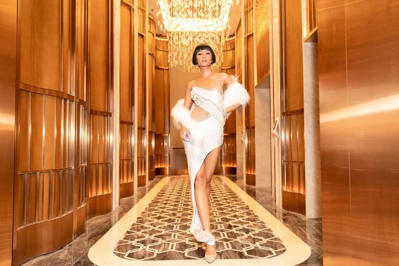 Hoa hậu H'Hen Niê đẹp chất ngất với Hair Bob ảnh 6