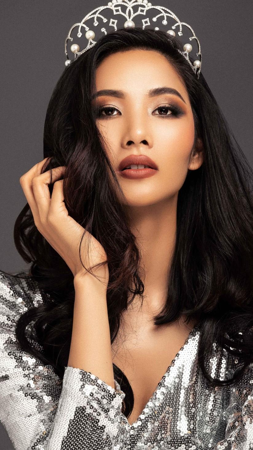"""Hoàng Thùy quá áp lực với """"gánh nặng"""" Top 5 của hoa hậu H'Hen Niê ảnh 4"""