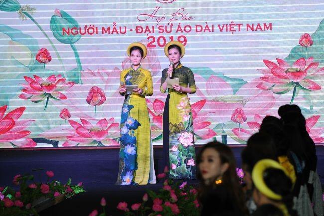 Hoa hậu Hà Kiều Anh, diễn viên Thúy Nga làm đại sứ Người mẫu áo dài ảnh 7
