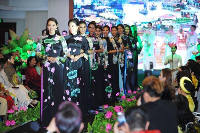 Hoa hậu Hà Kiều Anh, diễn viên Thúy Nga làm đại sứ Người mẫu áo dài ảnh 12