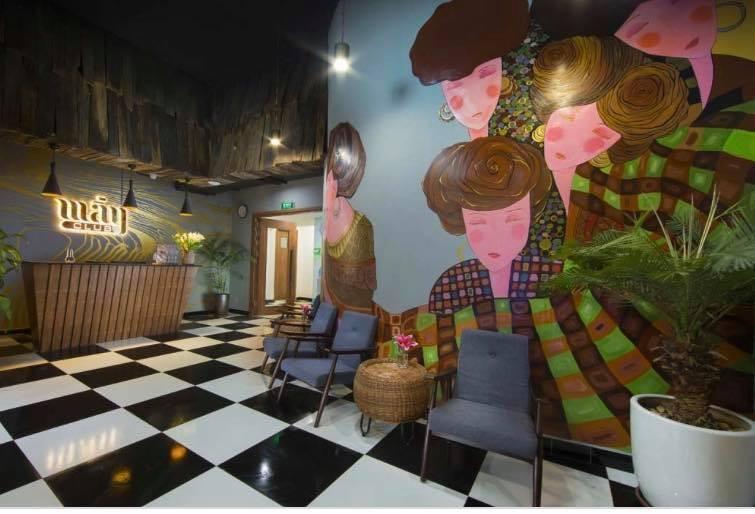 Khách sạn Pao xin lỗi nhưng họa sĩ muốn giải quyết triệt để sai phạm ảnh 1