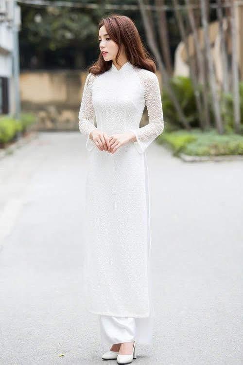 Hoa hậu, Á hậu lộng lẫy duyên dáng áo trắng sân trường ảnh 7