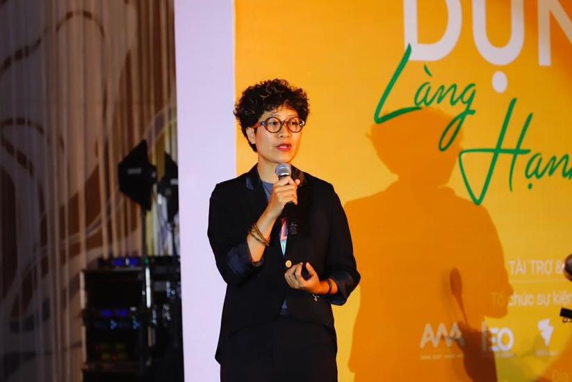 Bà Phạm Thị Hương Giang - người sáng lập và điều hành Nhà Chống Lũ