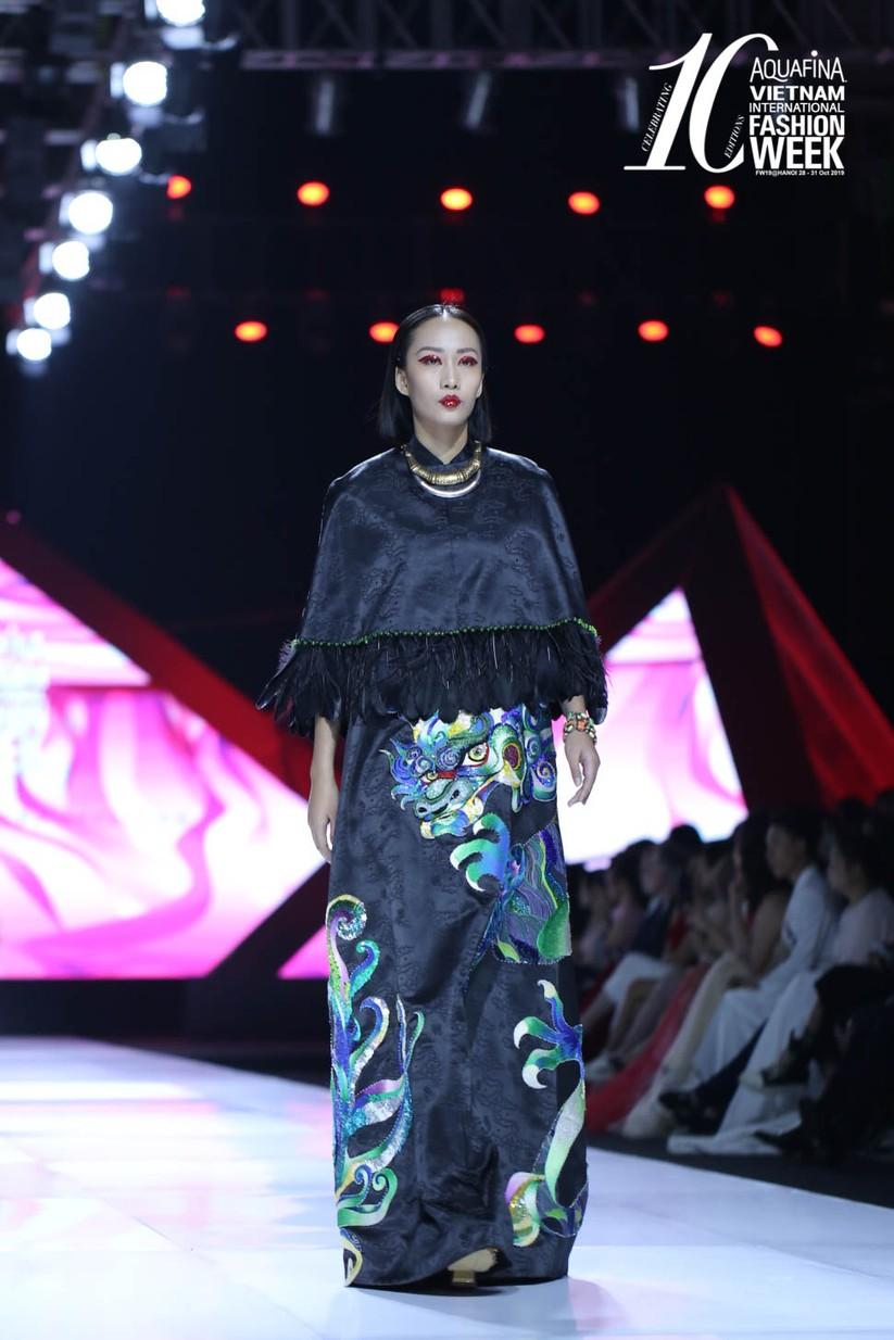 Hoa hậu Đỗ Mỹ Linh hóa Mỵ Châu kiều diễm ảnh 3